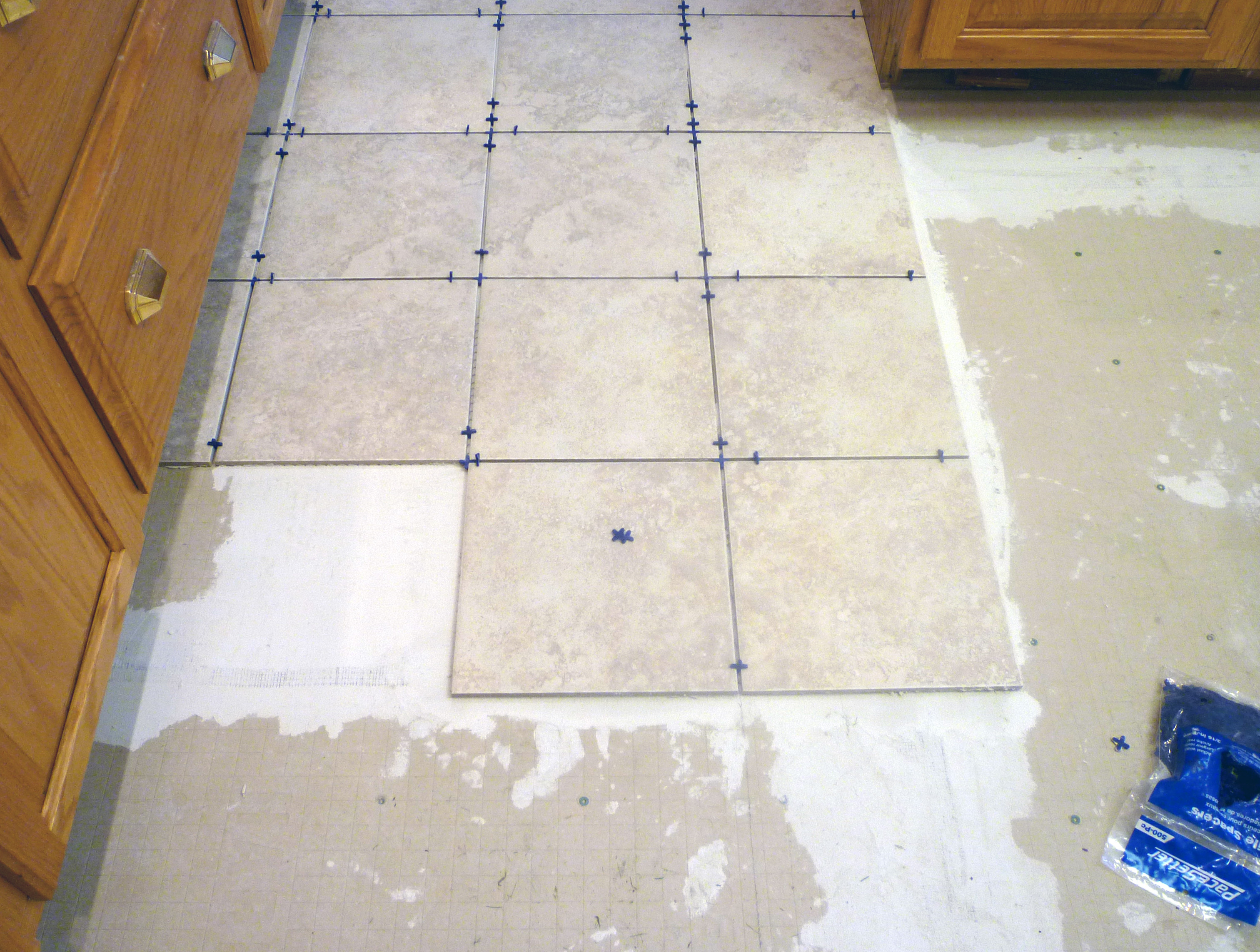 All For A New Dishwasher – New Kitchen Floor and Lights